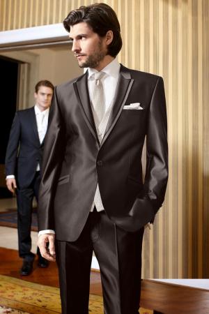 65b7ec02f7 Ballagási öltönyök Alkalmi ruhák Esküvői meghívók Kapcsolat Szalagavató  táncruhák Ballagási kosztümök · Tovább ...